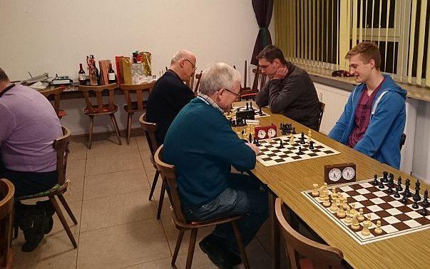 Weihnachtsblitz-Turnier 2014